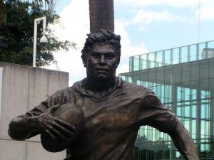 Arthur_Beetson_Statue-16853-97728