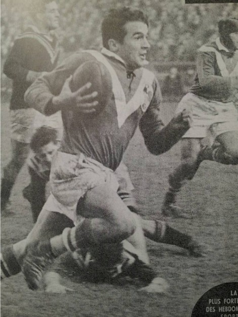 France's 1955 tour captain, Jacques Merquey in action against New Zealand in Bordeaux