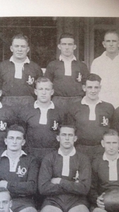 Len Kenny (middle back row)